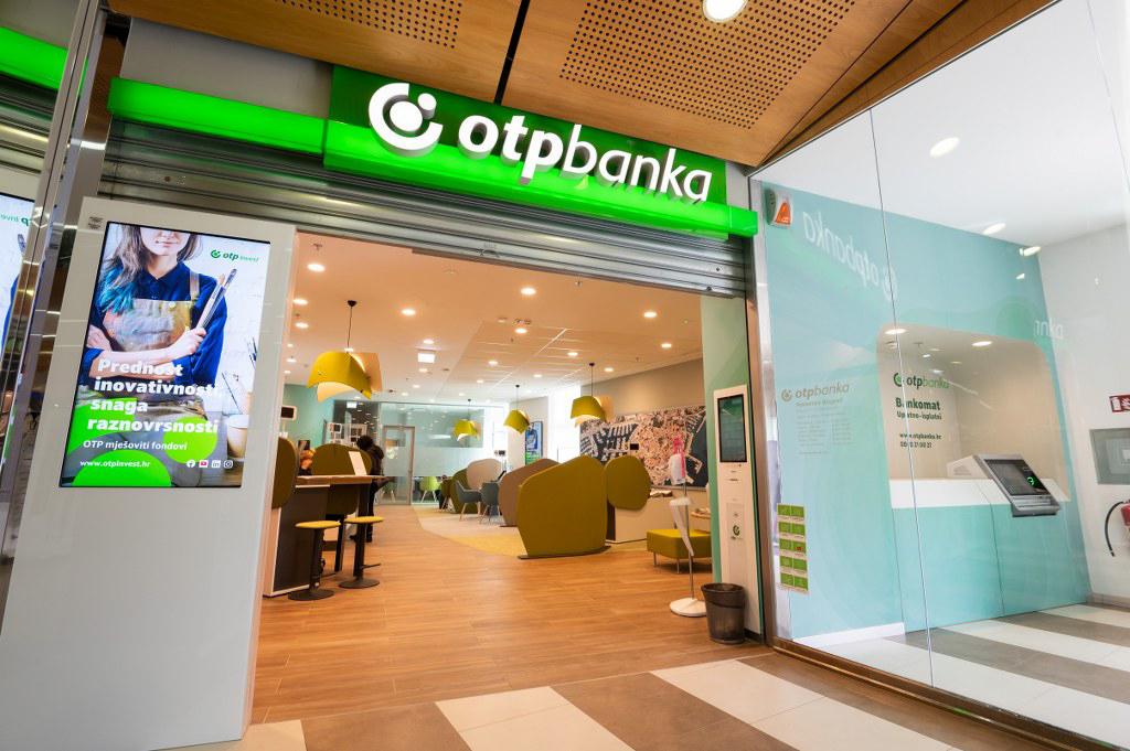 Otvorenje poslovnice OTP banke u Bure Centru